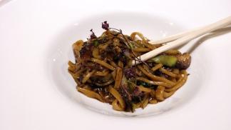 noodles-soba-pasta-fresca-con-rabo-de-toro